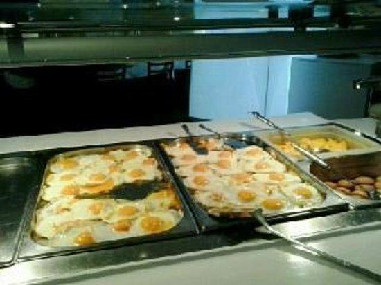 M Hotel: Particolare della colazione