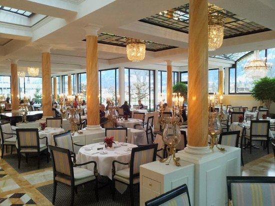 Victoria Jungfrau Grand Hotel & Spa : Breakfst and dinning room