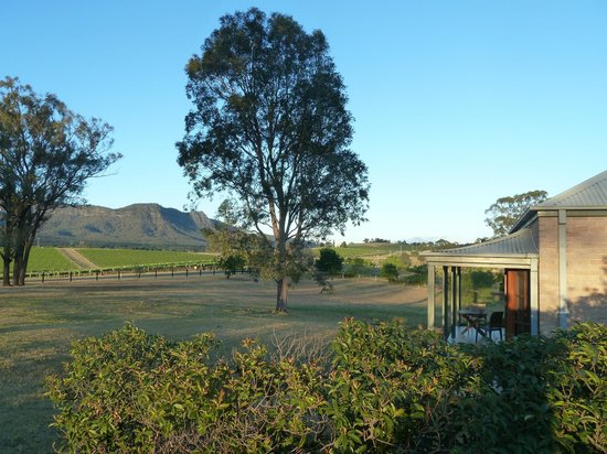 Berenbell Vineyard Retreat: Unobstructed view to the front of the bungalow