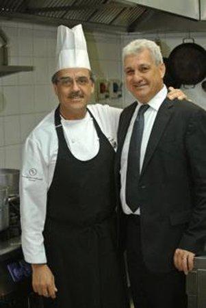 Risorgimento Resort : Lo Chef Cosimo Simmini con il Maitre Giovanni Maschio