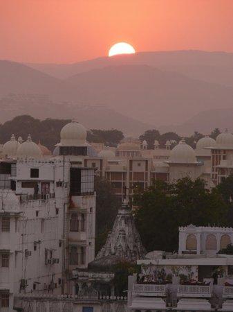 Hotel Krishna Niwas : rooftop view