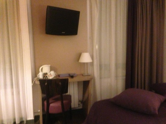 Timhotel Saint Georges: Chambre 201