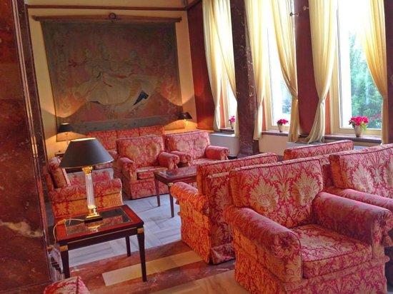 Hotel International Prague: Old Historic Hotel
