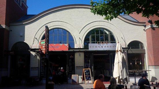 Ingolstadt Village: Restaurant