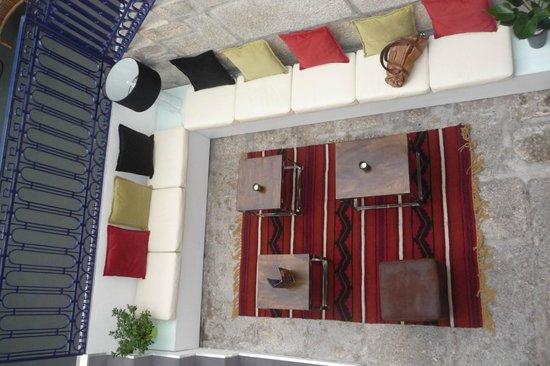 Gallery Hostel: salottino