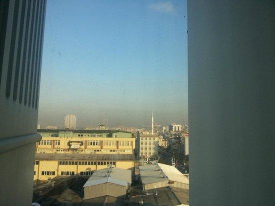Retaj Royale Istanbul : Window view