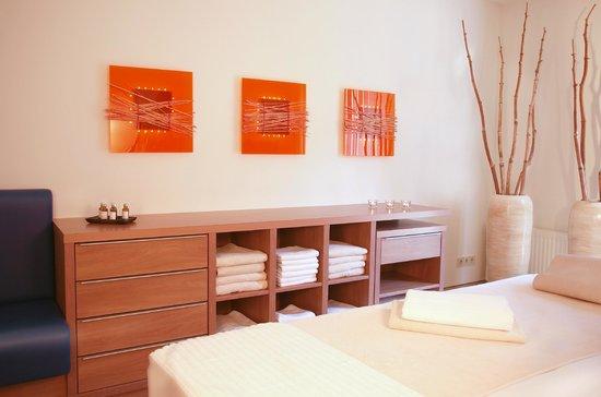 Hotel & Spa Sommerfeld: Massageraum Wellnessbereich