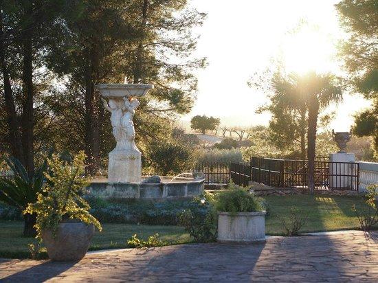 Hotel Mas El Cuquello: Jardines