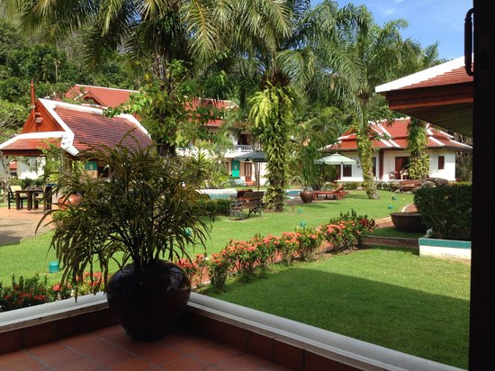 The Pe La Resort : View from bungalow