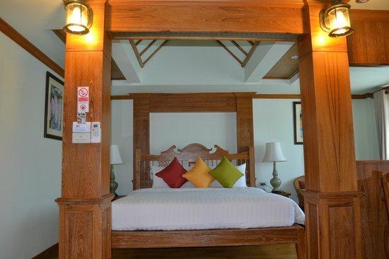 Rich Lanna House: เตียงภายในห้อง