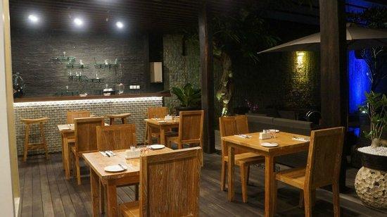 Daluman Villas: Dinning Lounge