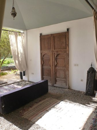 Fawakay Villas: Door to my villa