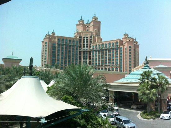 Atlantis, The Palm: hotel