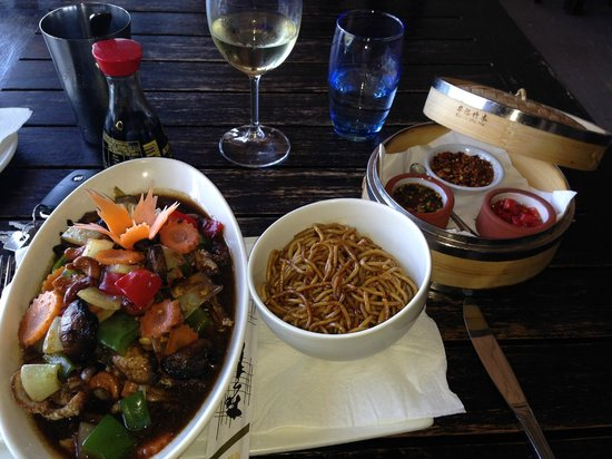 The Harbour Rock: Angry Duck and egg noodles