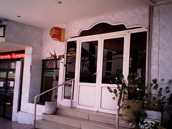 Hotel Benidorm: Entrada