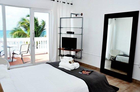Bravo Beach Hotel: Ocean View Room