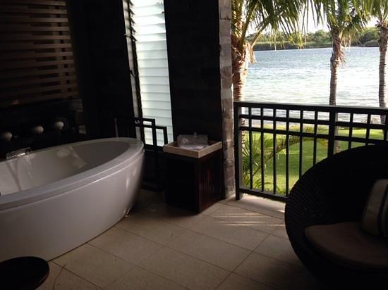 InterContinental Fiji Golf Resort & Spa : cleopatra bath