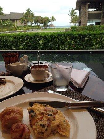 InterContinental Fiji Golf Resort & Spa : sanasana restaurant buffet breakfast