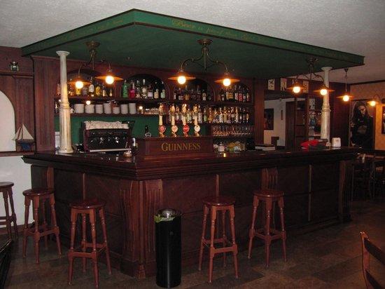 Bar Giois (カルヴェーネ) の口コミ3件 - トリップアドバイザー