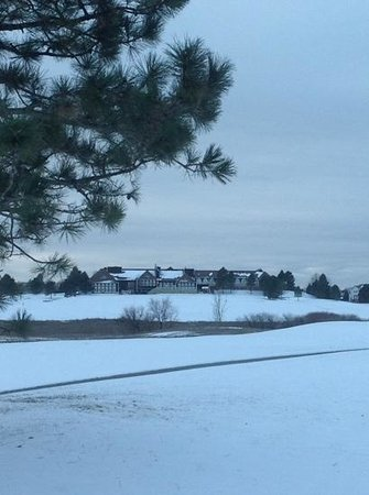 Lone Tree Golf Club & Hotel: A brief moment of winter at the Lone Tree Golf Club and Hotel.  Lone Tree, Colorado.  On the Sou