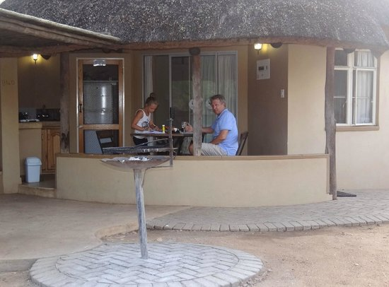 Satara Rest Camp : view of hut with small terrace