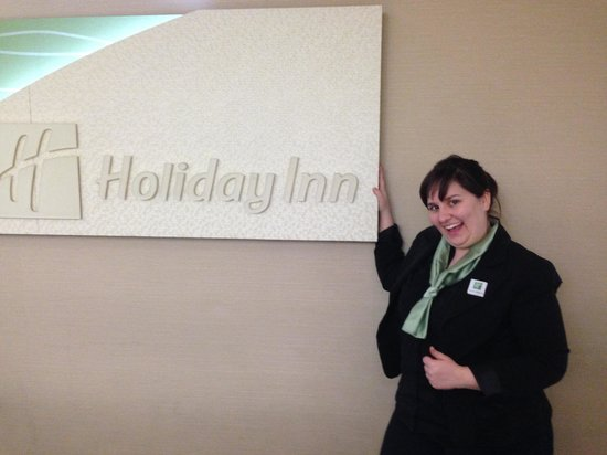 Holiday Inn Kingston - Waterfront: Holly Marie @ Front Office