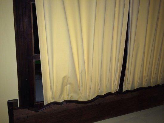 Hotel Daysita: Cortinas que no cierran completamente