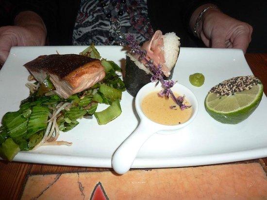 "La Plaza : ""Asian Baked Marinated Salmon"""