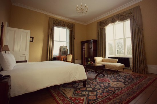 Middleton Park House: One of our luxurious suites.