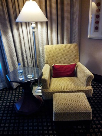Hyderabad Marriott Hotel & Convention Centre: Room 1