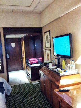 Hyderabad Marriott Hotel & Convention Centre: Room 2