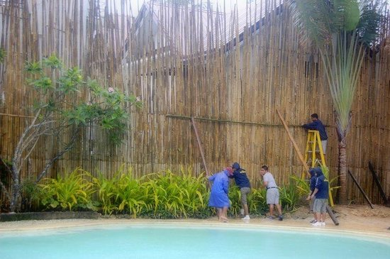 Microtel Inn & Suites by Wyndham Boracay : preparations for the storm