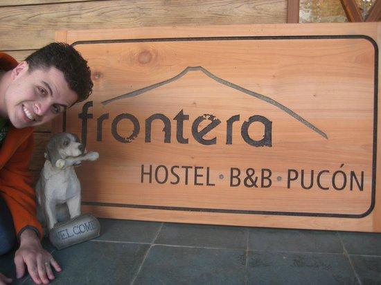 Frontera Pucon Hostel B&B : Entrada do Hostel