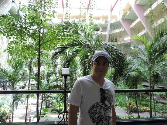 Grand Oasis Cancun : Interior do hotel