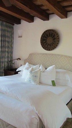 Hotel Casa San Agustin : A beautiful standard room.