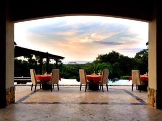 Villa Buena Onda: Dinner view