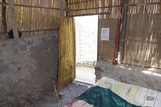 Llahuar Lodge: Double Room Hut Inside