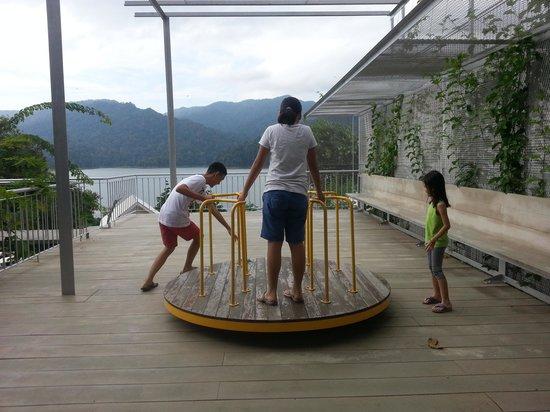 Belum Rainforest Resort : play area