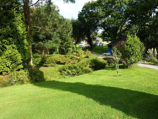 Chycara House: Garden view