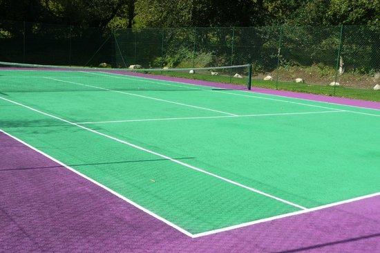 Chycara House: Tennis Court