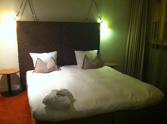 Sandton Hotel Brussels Centre: Lit