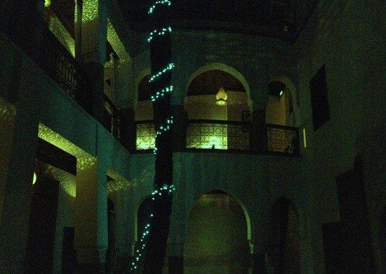 Zamzam Riad: Courtyard