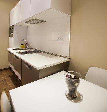 Suites You Zinc: Cocina