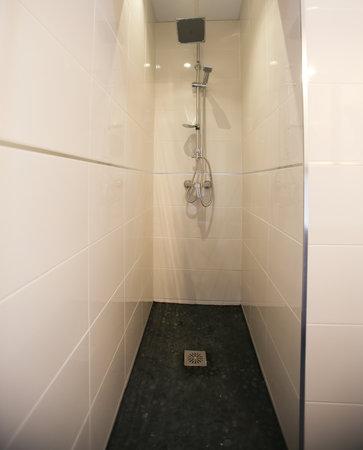 Suites You Zinc: baño
