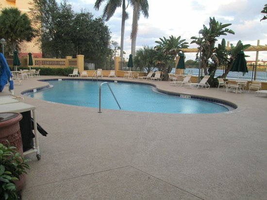 La Quinta Inn & Suites Ft. Lauderdale Airport: pool