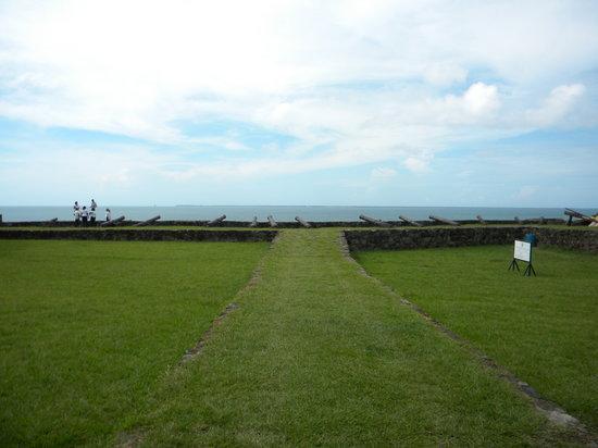 Trujillo Beach Eco Resort: Vista desde la fortaleza de Santa Barbara