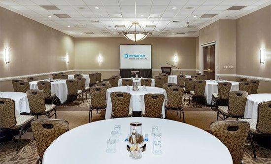 Wyndham Atlanta Galleria : Updated fresh new meeting space