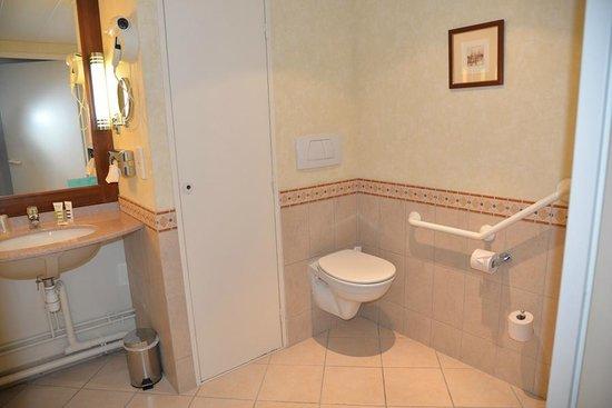 Mercure Honfleur : Salle de bains