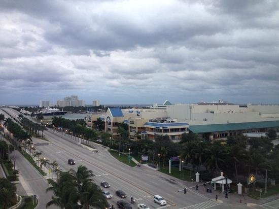 Renaissance Fort Lauderdale Cruise Port Hotel : view from our room