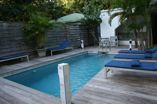 Normandie Hotel : la piscine